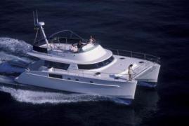 alquiler-catamaranes-motor-valencia-ibiza-02.jpg