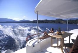 alquiler-catamaranes-motor-valencia-ibiza-05.jpg