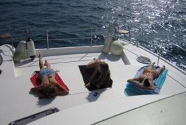 alquiler-catamaranes-motor-valencia-ibiza-07.jpg